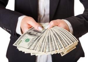 בחור שמחזיק הרבה מאוד דולרים - אז באיזה בנק כדאי לקחת משכנתא?